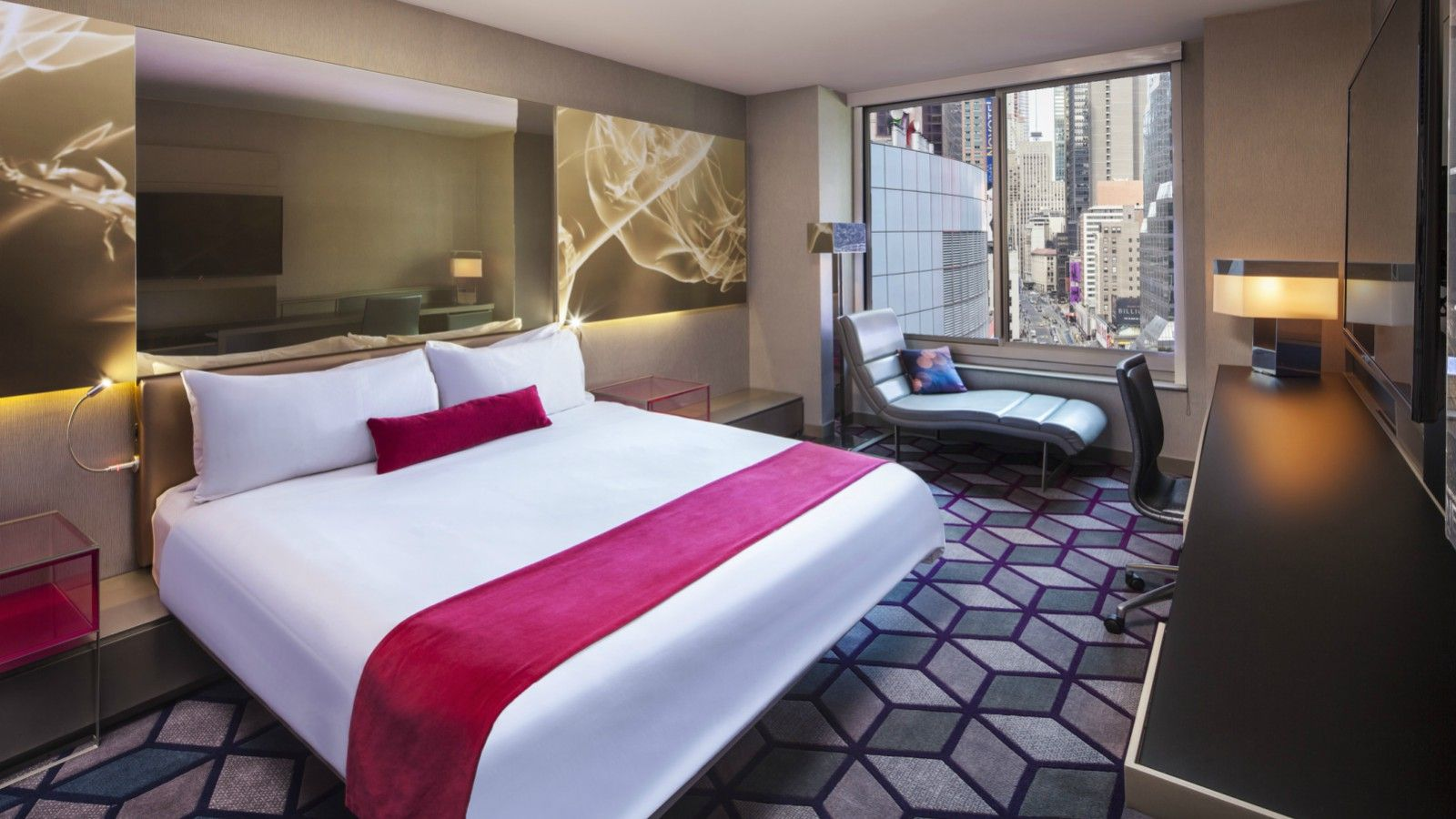 Times Square Accommodations | Wonderful King Room