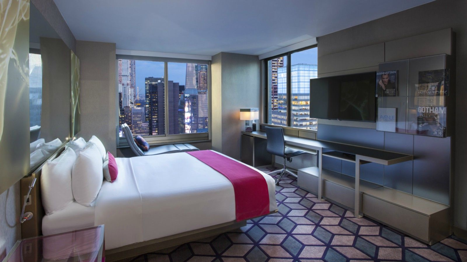 Times Square Accommodations - Cool Corner Room - Times Square View
