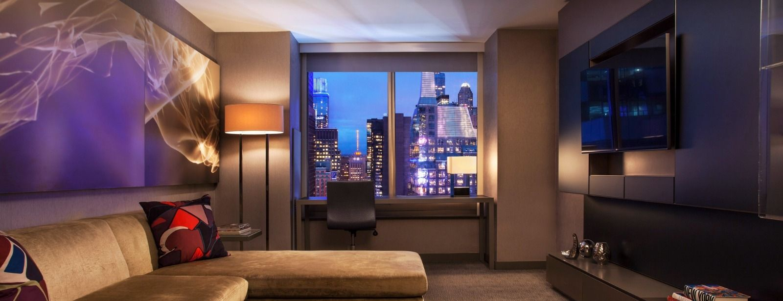 Times Square Accommodations - Marvelous Suite